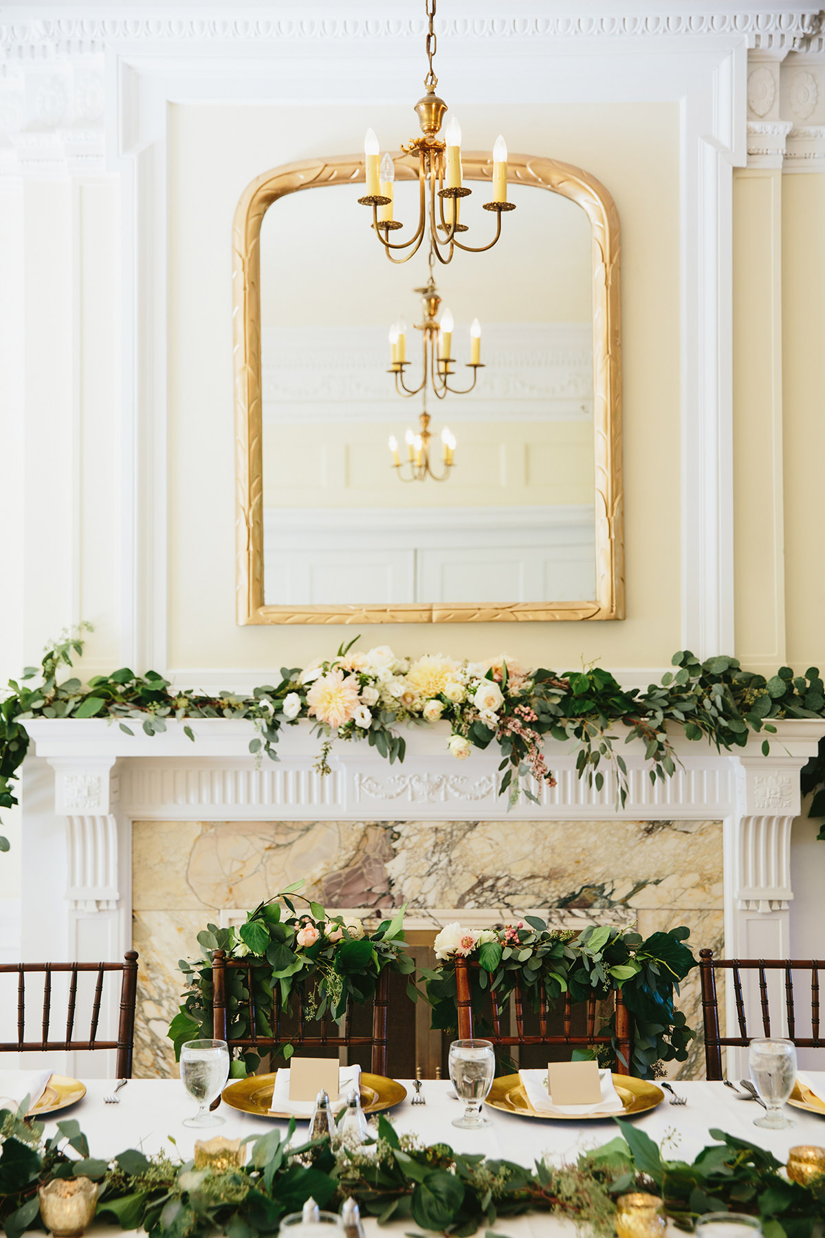 Destination vancouver wedding at cecil green park house lucida wedding decor of the dining room in cecil green park house vancouver lucida junglespirit Image collections