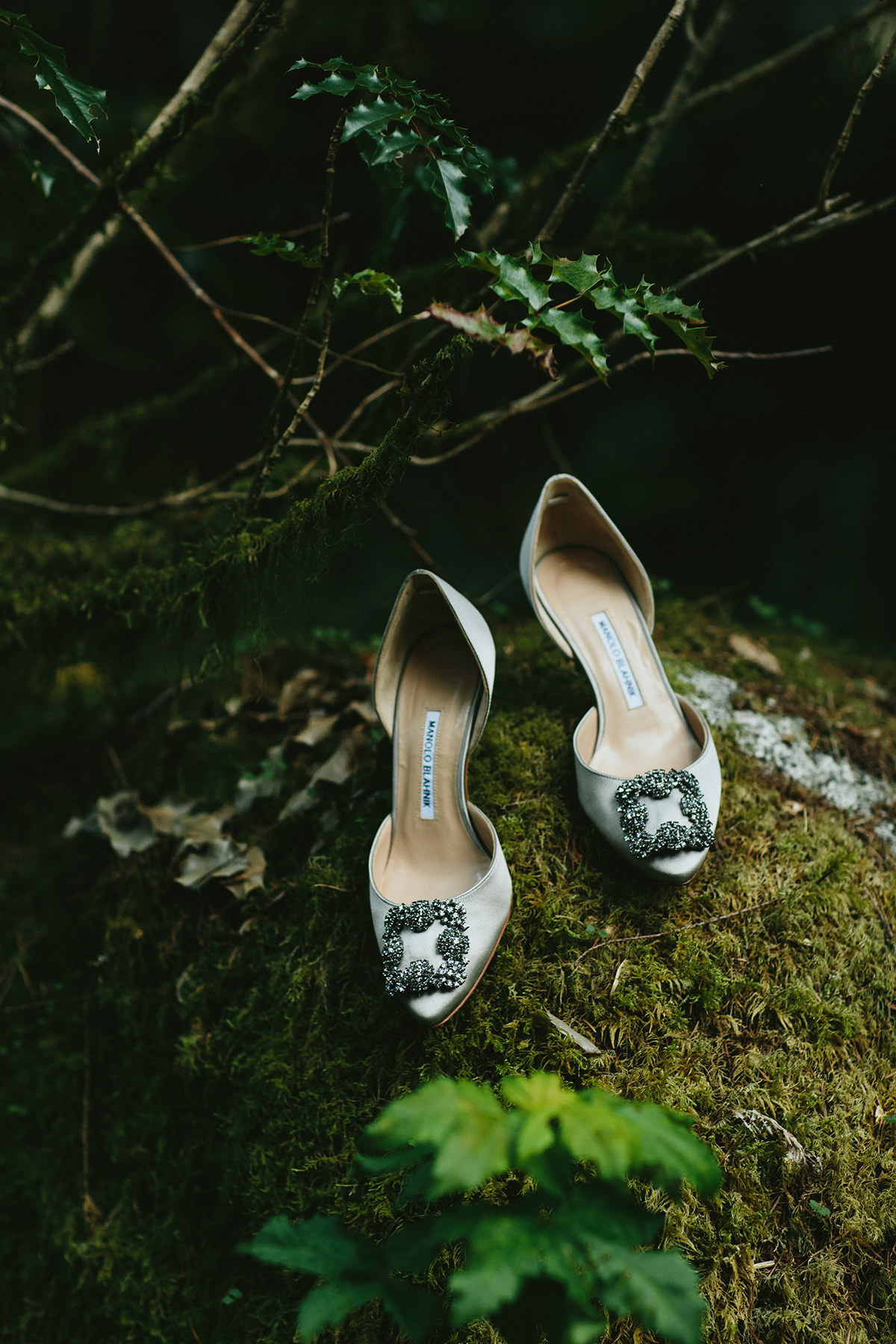 Manolo Blahnik wedding shoes in Vancouver www.lucida-photography.com