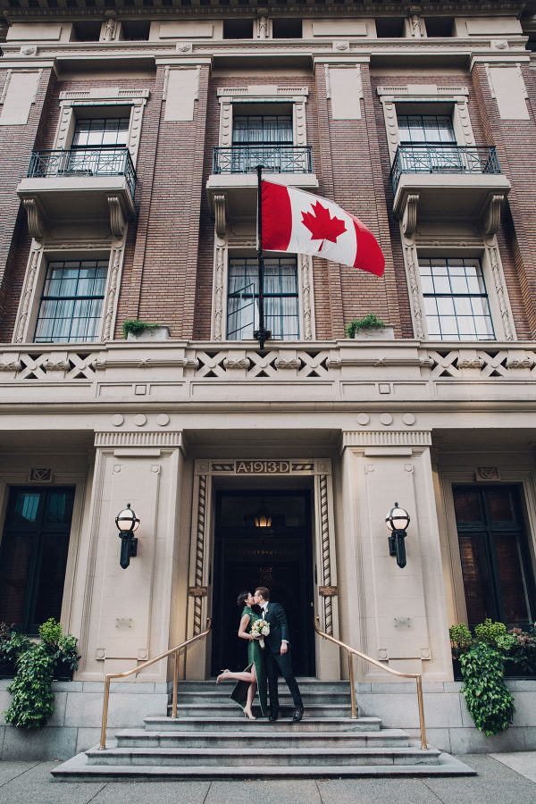 vancouver club wedding, lucida photography, green and gold wedding, moda wedding professionals, melia sorenson